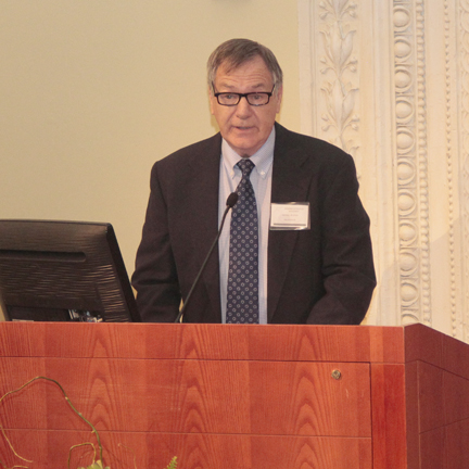 Dr Dennis Heaton